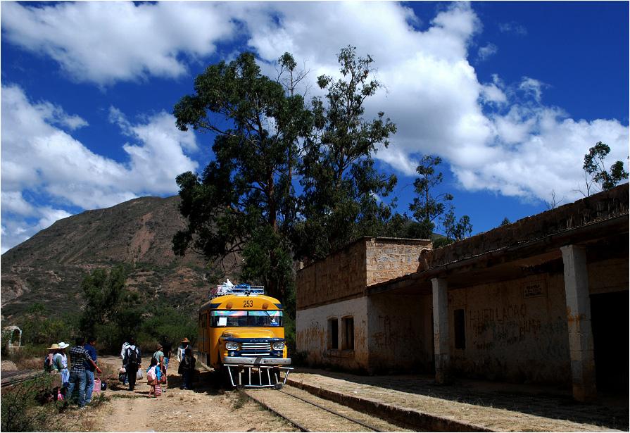 Vila-Vila (2545 m n.p.m.) - jedna z niewielu stacji (i w ogóle miejscowości) na szlaku z Cochabamby do Aiquile