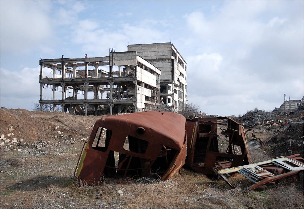 Pozostałości po kolei w mieście Agdam
