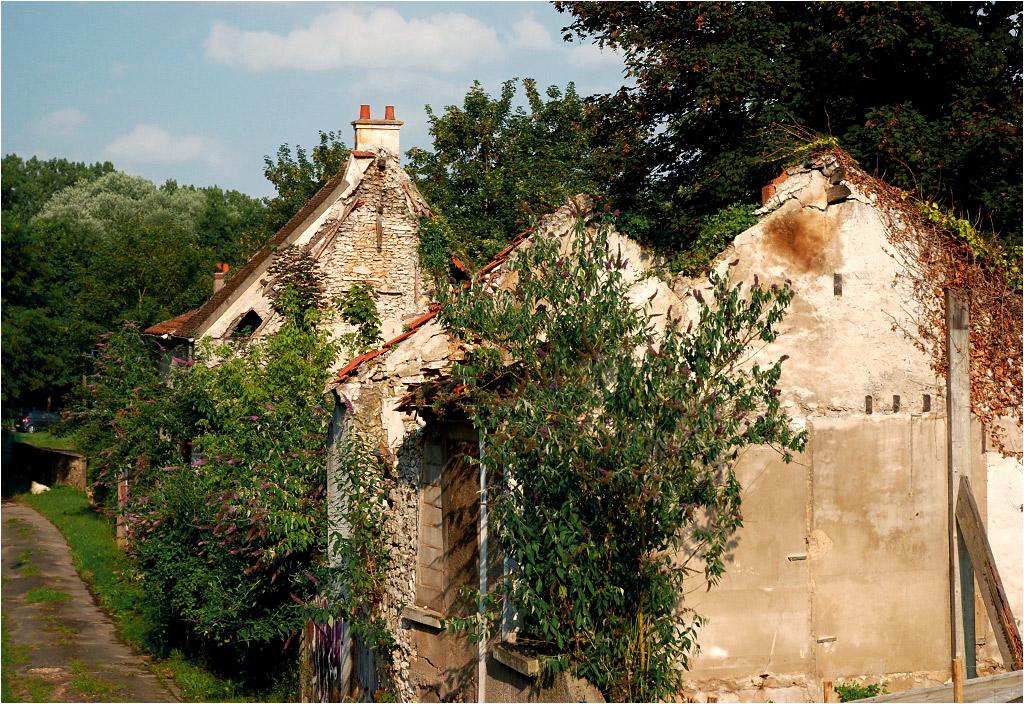Opuszczone domy w Goussainville