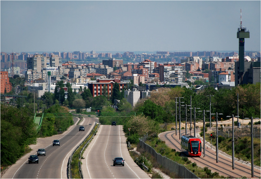 Madryt, tramwaj autostradowy