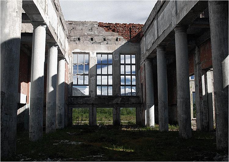 Dworzec w Kirowsku (obwód Murmański)