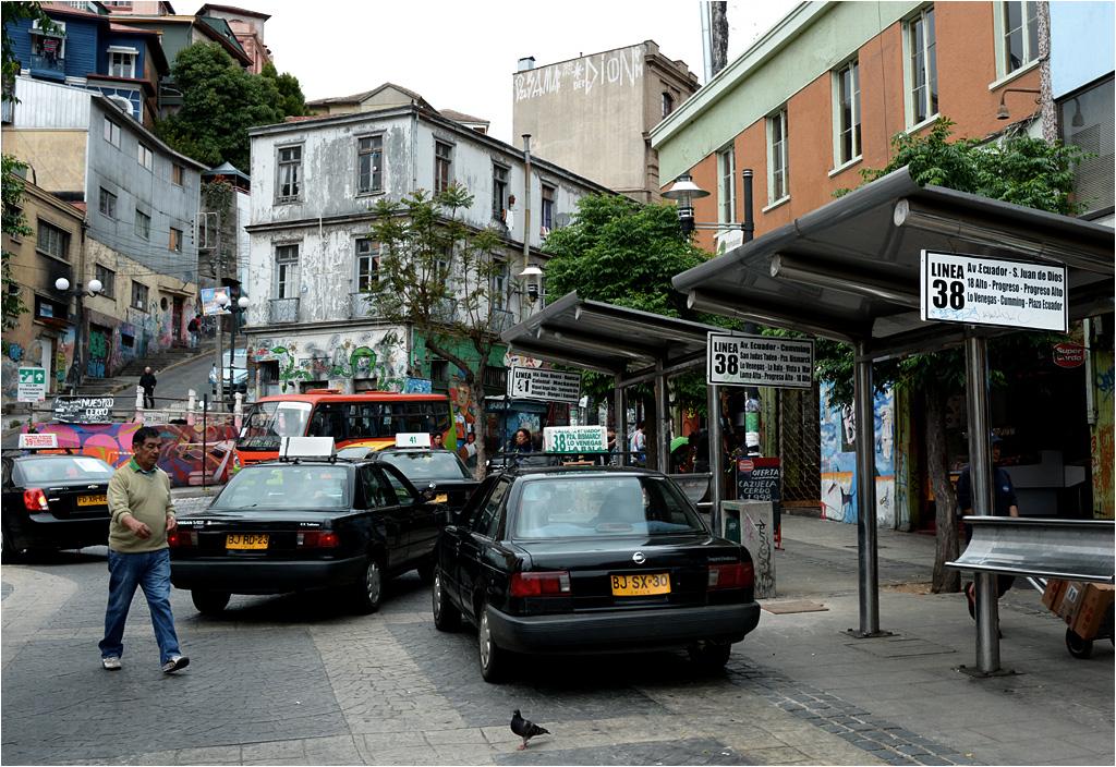 Plazuela Ecuador - numerowane taksówki zawiozą pasażerów do wysoko położonych dzielnic.