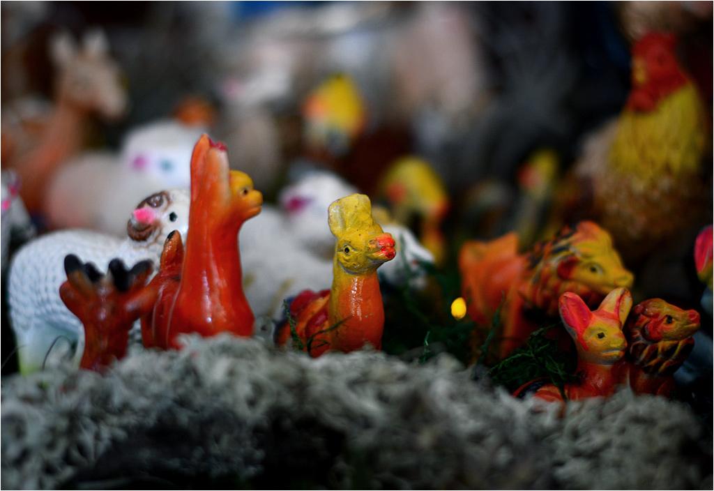 Peruwiańska szopka - lamy z pomalowanymi... ustami?