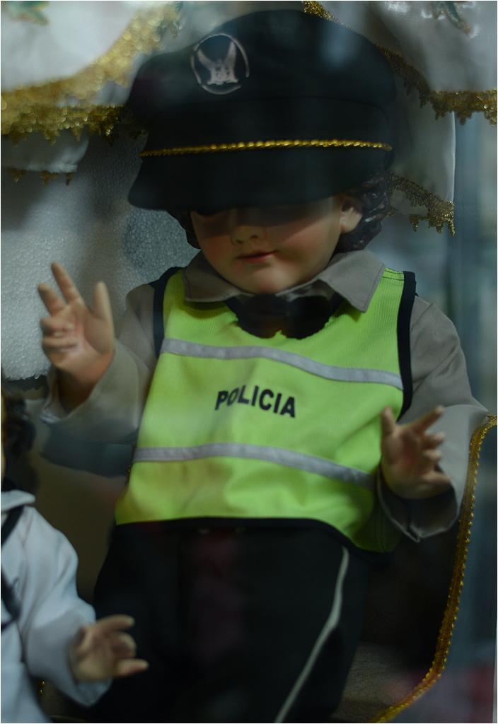 Jezus-policjant w ekwadorskiej Cuence.