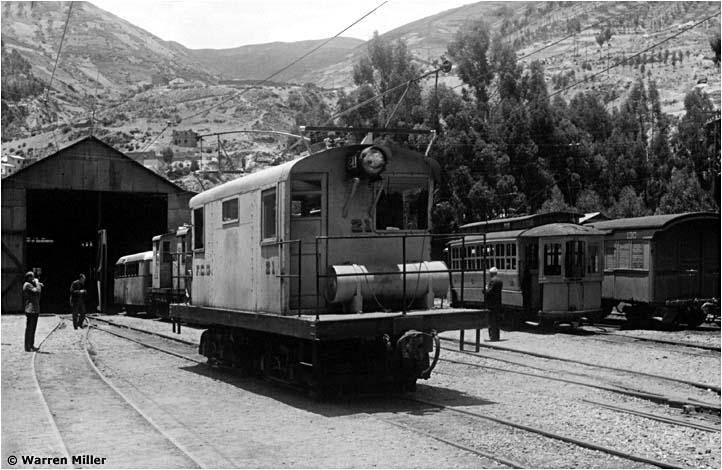 Maszyna numer 21 na stacji w La Paz w 1964 roku – fot. Warren Miller, ze zbiorów Allena Morrisona (www.tramz.com)