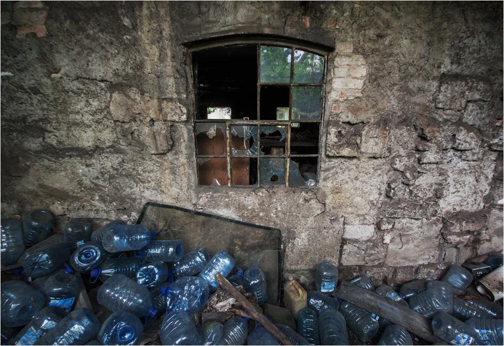 Czy plastikowe butelki mogły być tworzywem w procesie rzeźbiarskim?