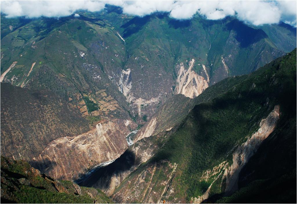 Kanion Apurímac trudno objąć nawet obiektywem szerokokątnym