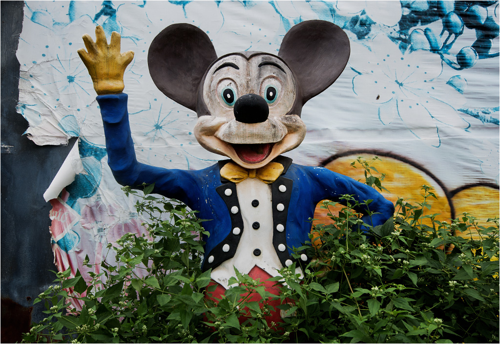 Żegna Was przybrudzona Myszka Miki!