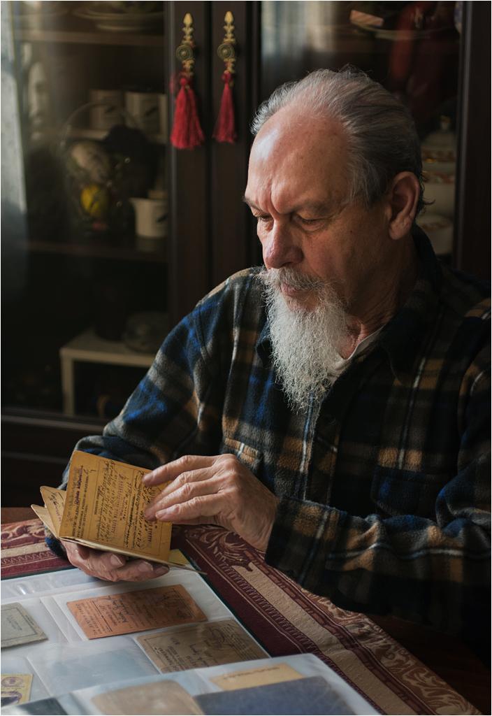 Mój dziadek Marian Łomnicki ze swoją kolekcją