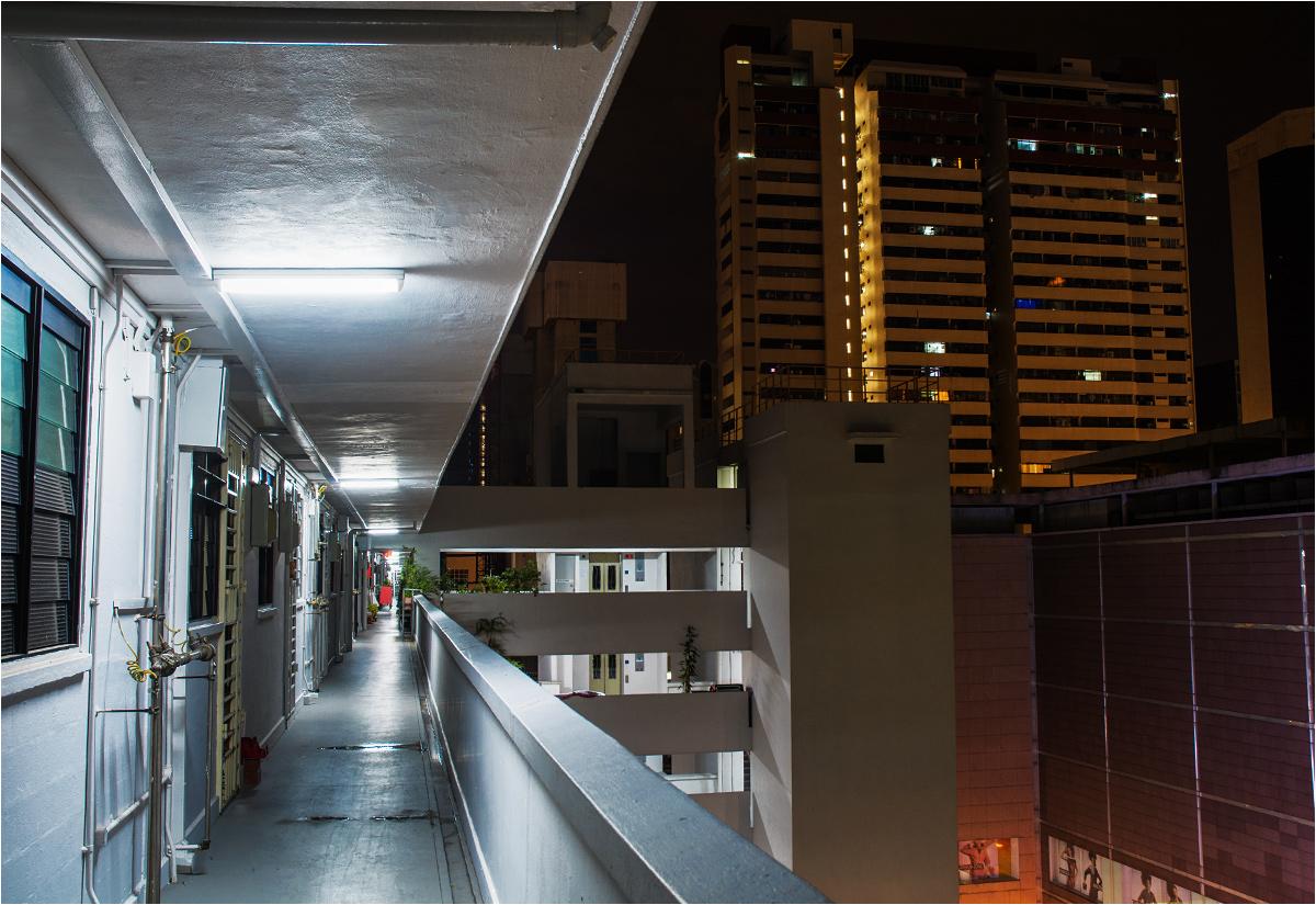 """""""Korytarze"""" bloku mają formę długich balkonów"""