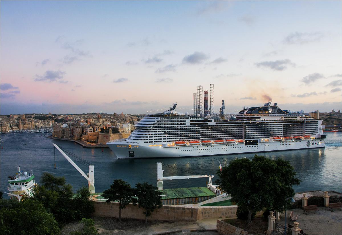 Wielki prom wypływa z portu stolicy Malty. Valletta robi wrażenie nie tylko w tych najbardziej znanych miejscach...