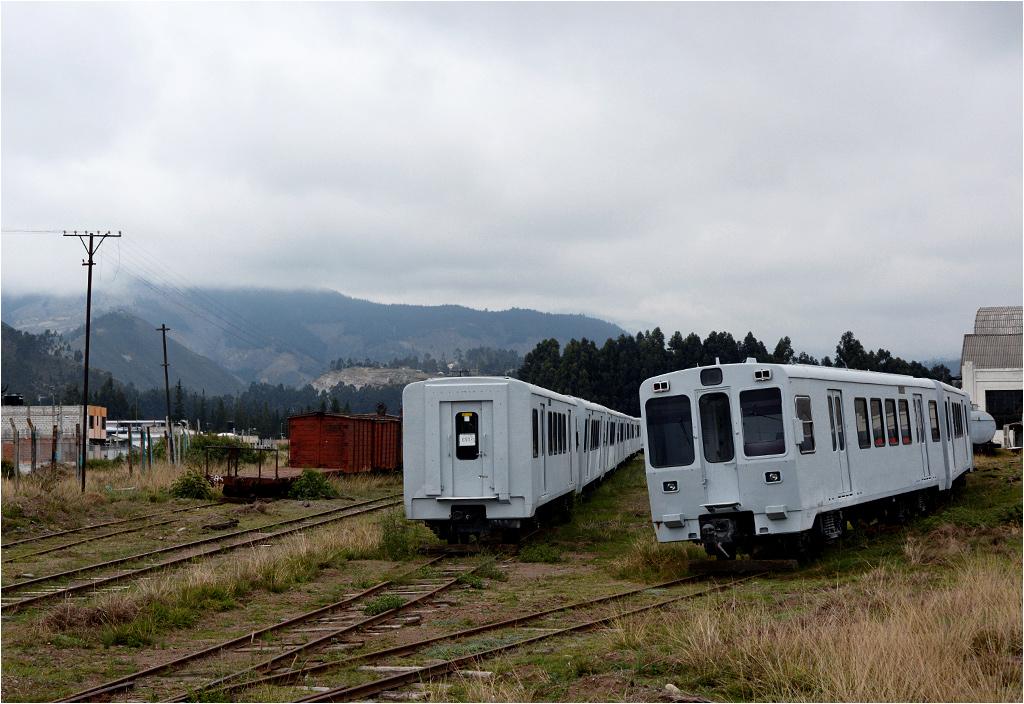 Wagony odstawione koło lokomotywowni w Riobambie
