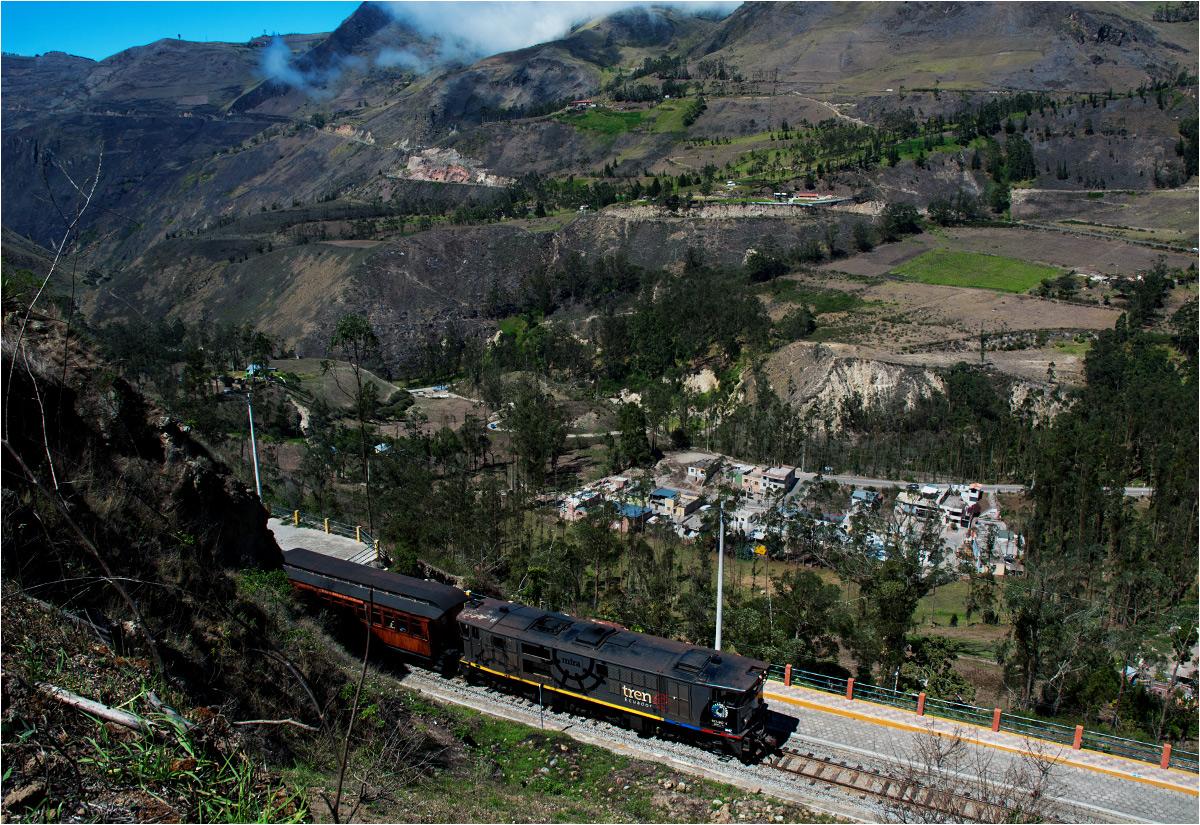 Potężne góry i głębokie doliny – to rzeczywistość Ekwadoru