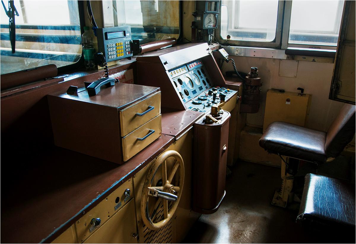 Kabina maszynisty w wagonie typu D2