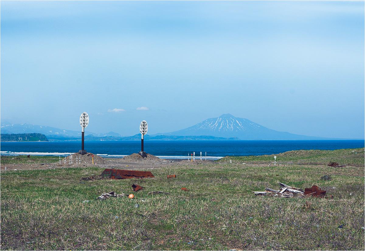 Mieszkańcy Jużno-Kurylska codziennie spoglądają na majaczącą w oddali sylwetkę wulkanu Tiatia