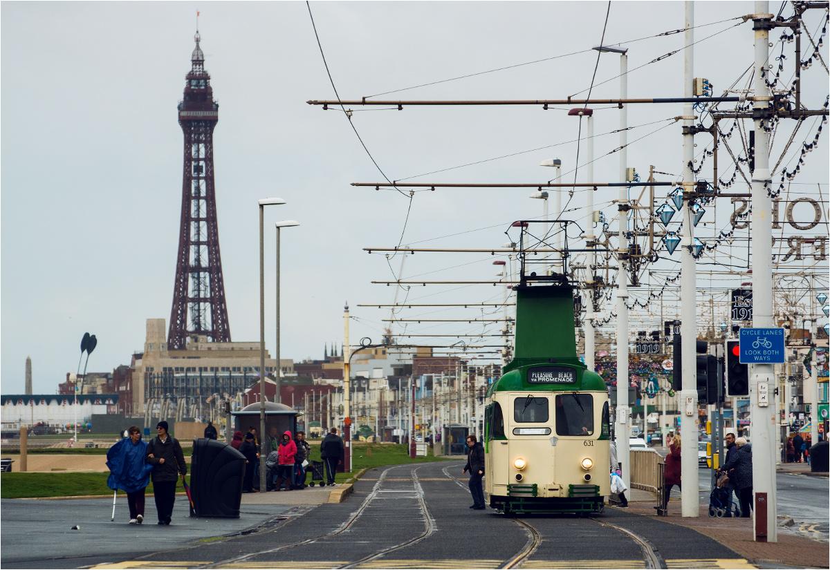 """""""Wieża"""" i wieża - symbol miasta, słynna Blackpool Tower z 1894 roku"""