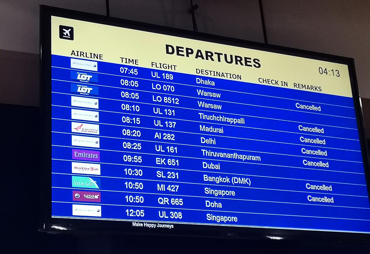 Lotnisko w Colombo. Lot o 8:05 do Warszawy został odwołany. Zamiast niego do Warszawy poleci lot o... 8:05. Z dużo wyższymi cenami biletów