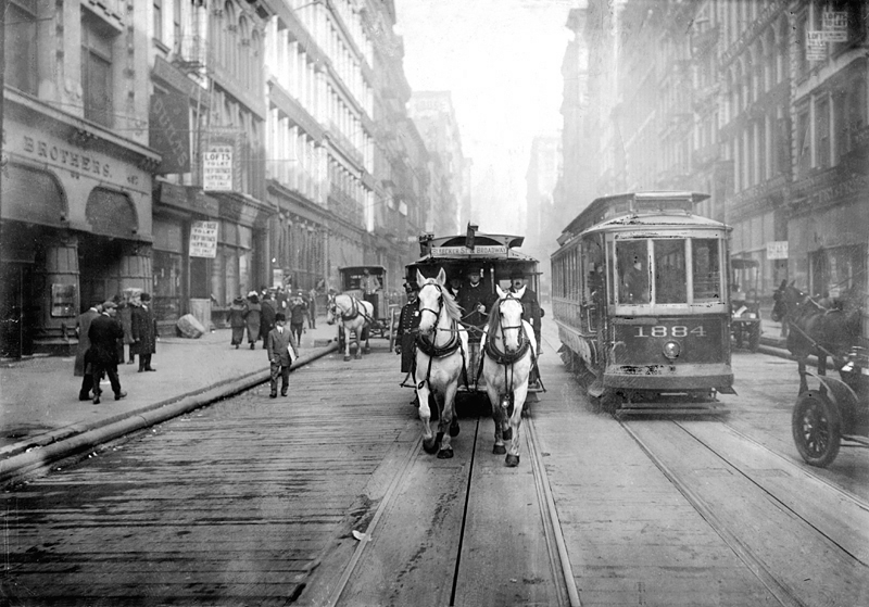 1917 - jeden z ostatnich tramwajów konnych na ulicach Nowego Jorku