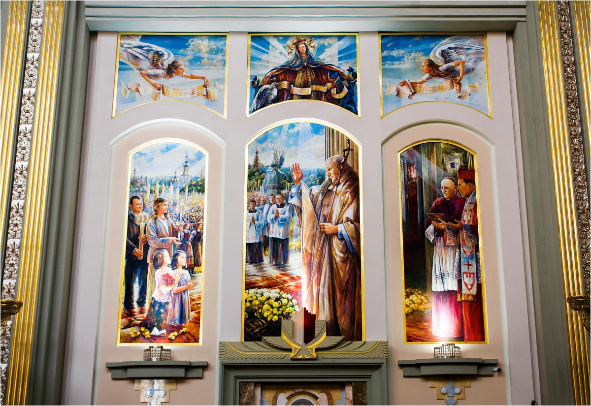 ...ogromne malowidło w głównej bazylice...